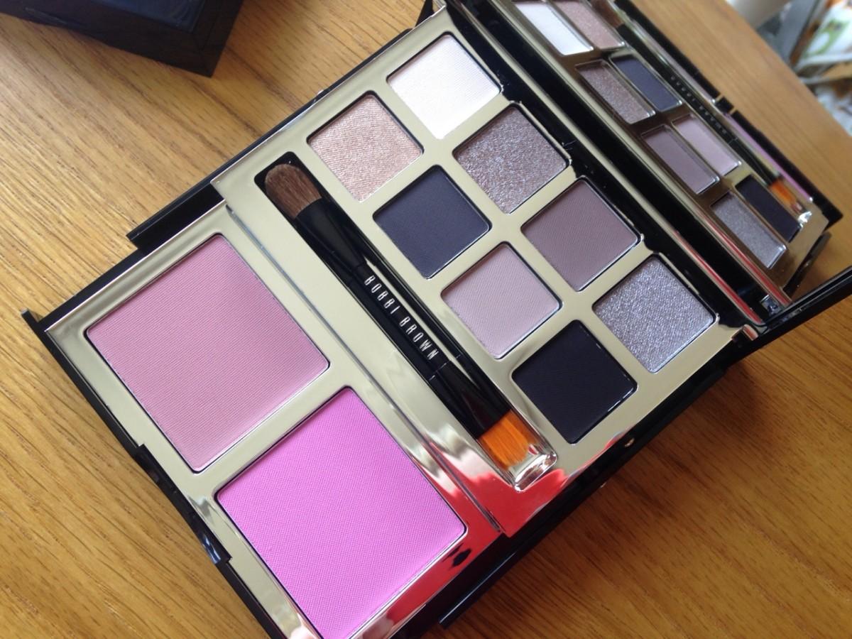 Bobbi Brown Gift Set (Image: mixed gems.co.uk)