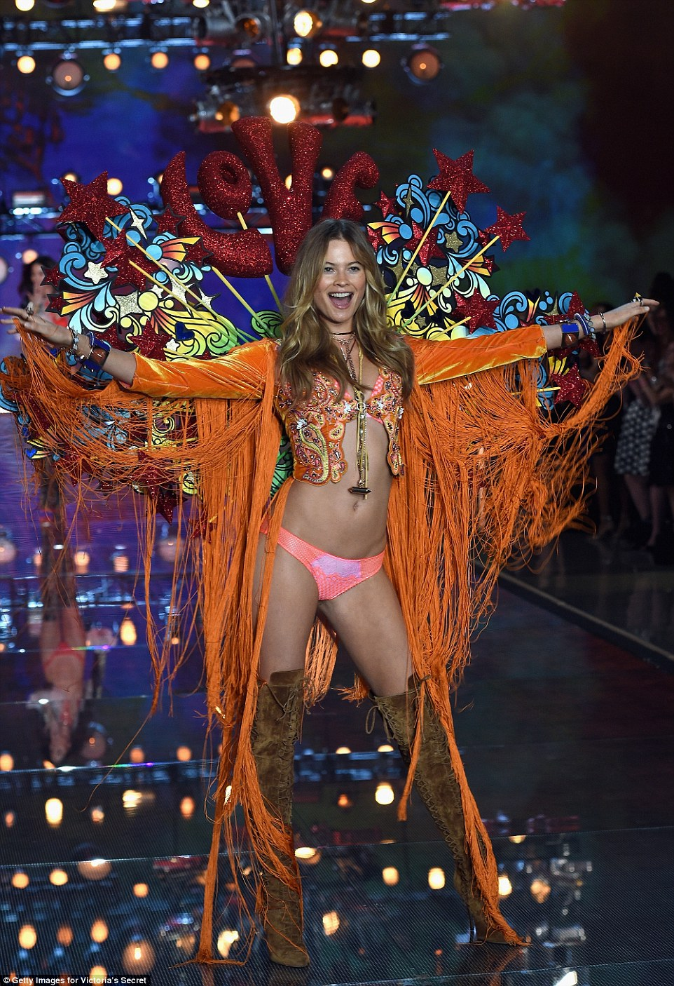 Victoria's Secret Fashion Show 201511