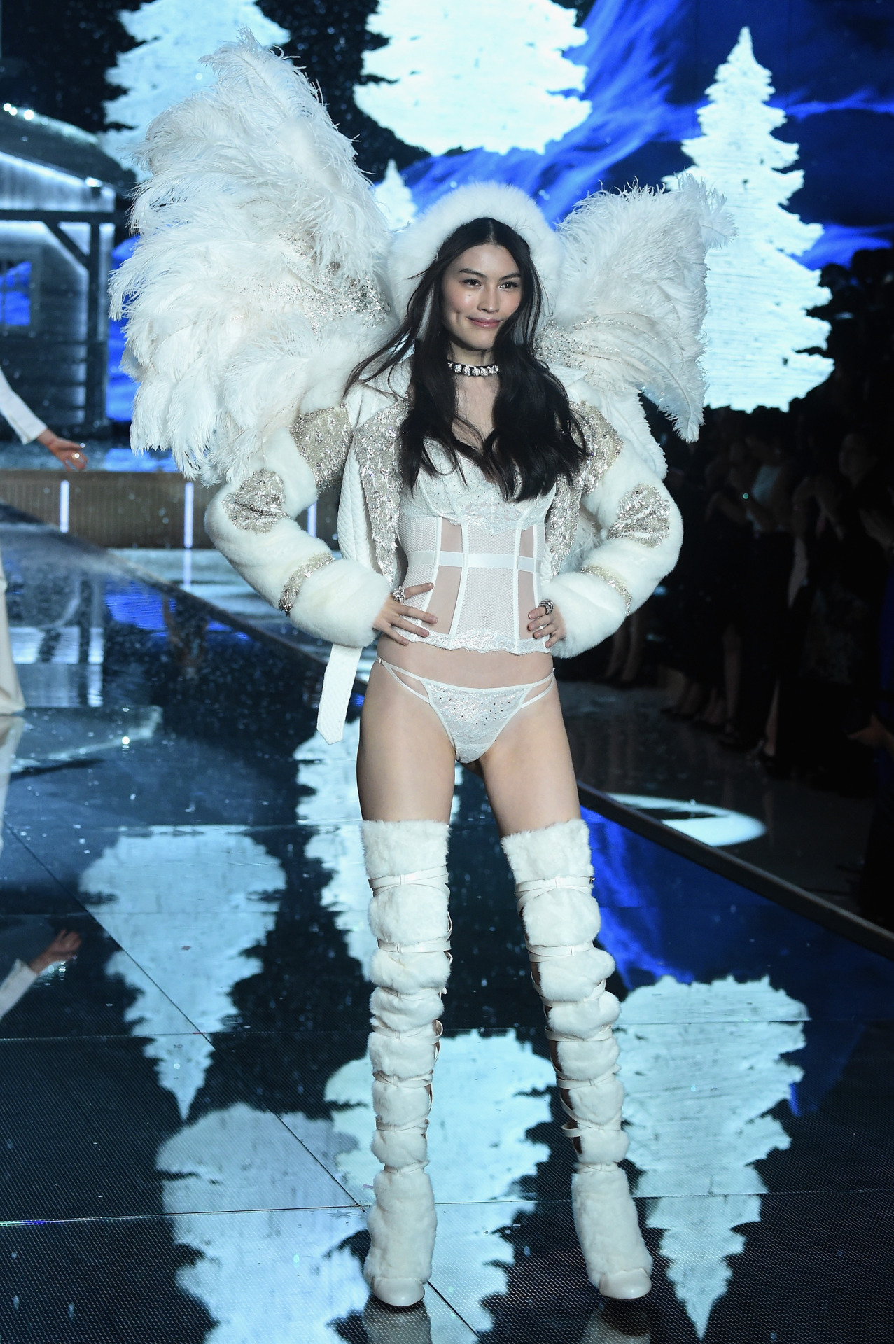 Victoria's Secret Fashion Show 201521