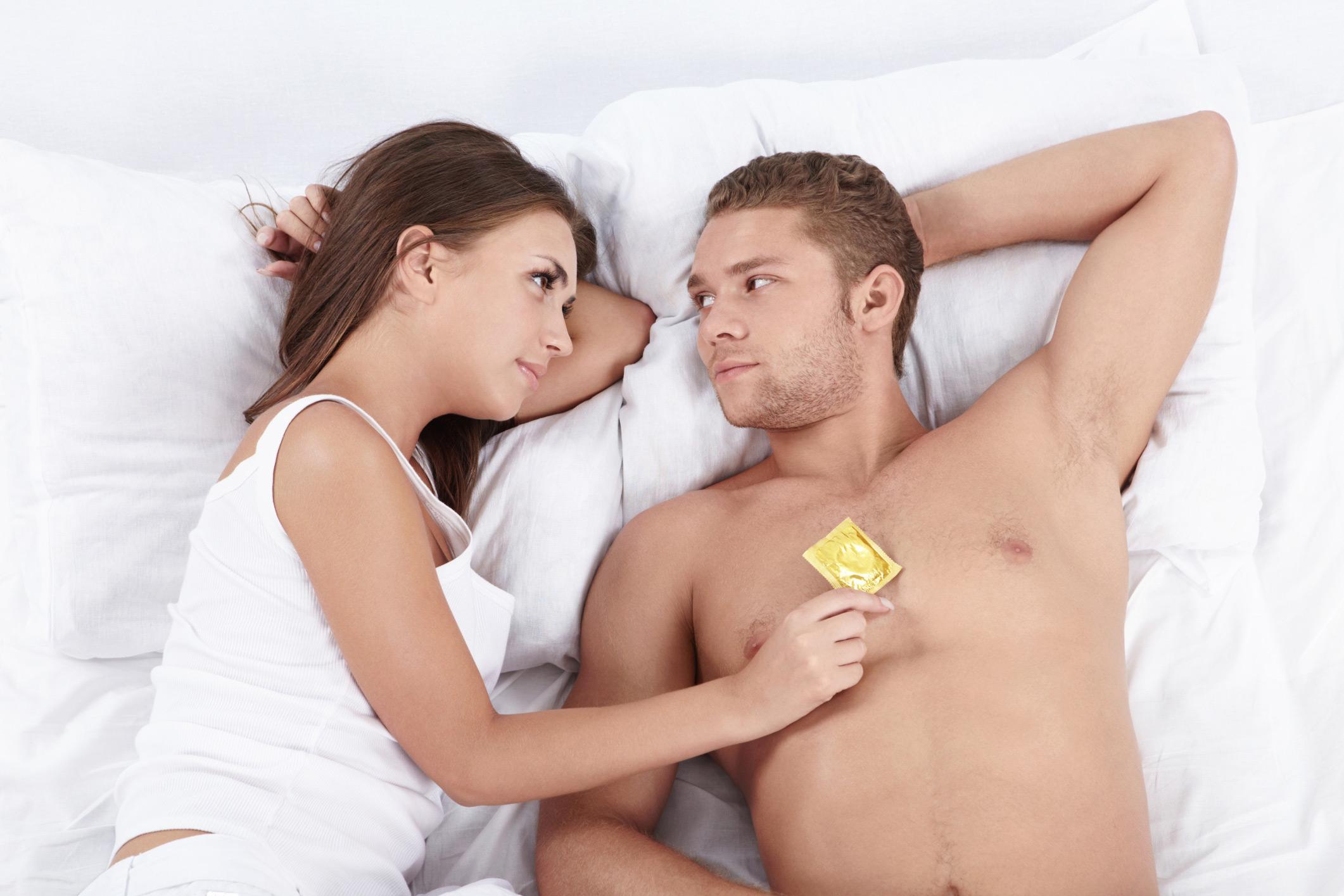 Секс с девочкой в анал 6 фотография